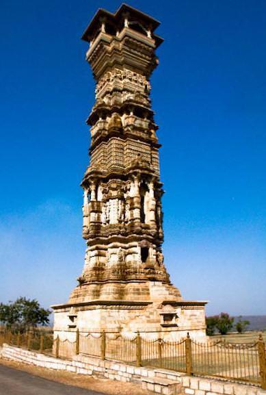 Tower-Kirti-Stambh-Chittorgarh rajsathnai-tadka